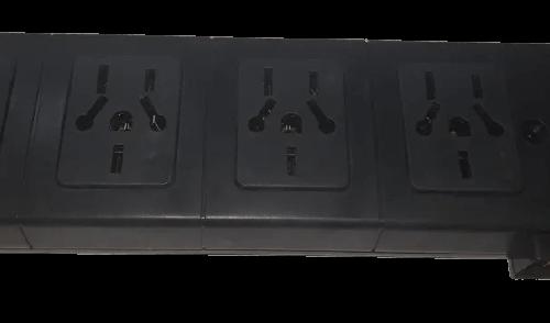 Zapatilla de 4 tomas multinorma negra sin cable, con llave térmica - Kalop