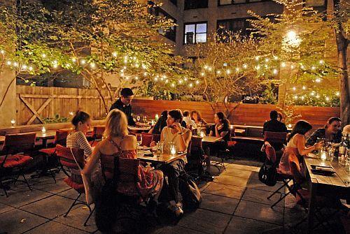 Iluminación en restaurante